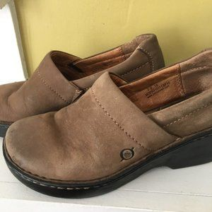 Born   Classic Clogs Brown Leather sz 7